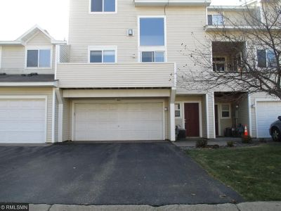 Coon Rapids Condo/Townhouse For Sale: 1028 109th Lane NW