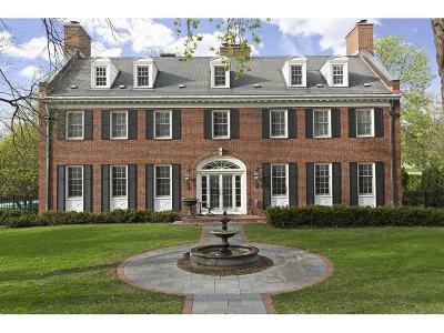 Saint Paul Single Family Home For Sale: 470 Mississippi River Boulevard N