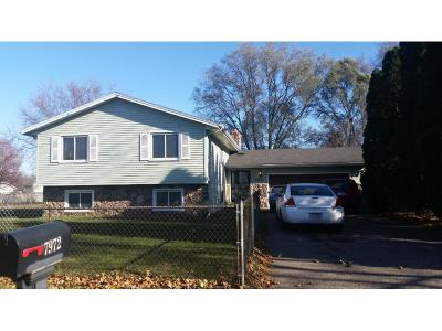 Brooklyn Park Single Family Home For Sale: 7972 Sierra Parkway