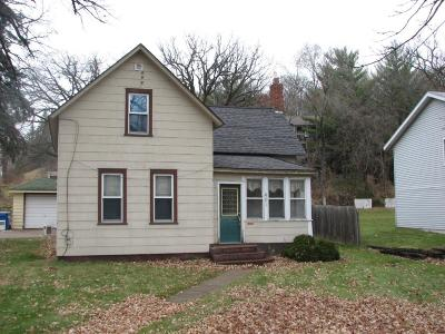 Sauk Rapids Single Family Home For Sale: 401 So 5th St Street