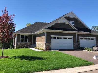 Lakeville Condo/Townhouse For Sale: 17043 Kerrick Court