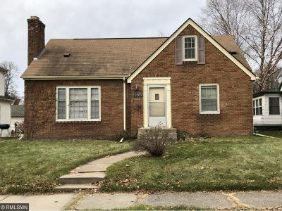 Minneapolis Single Family Home For Sale: 2310 Taft Street NE