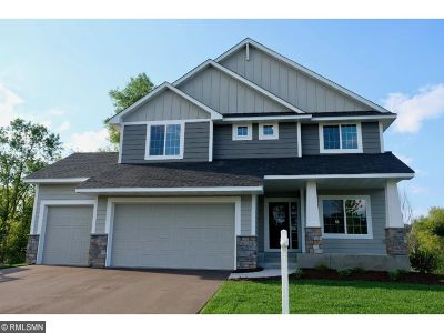 Lakeville Single Family Home For Sale: 16082 Estate Lane