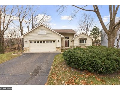 Single Family Home For Sale: 5878 Fernwood Street