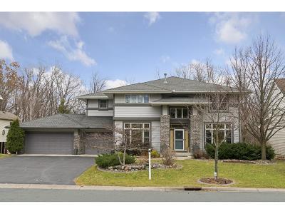 Maple Grove Single Family Home For Sale: 7636 Zanzibar Lane N