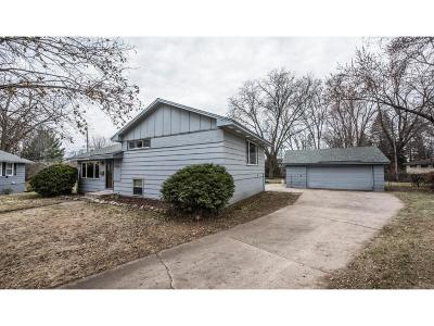 Bloomington Single Family Home For Sale: 2320 Tower View Circle