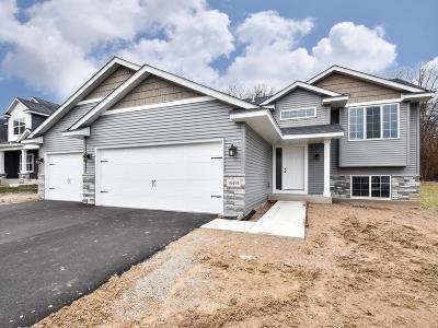 Elk River Single Family Home For Sale: 19174 Johnson Street NW