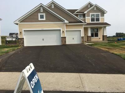 Delano Single Family Home For Sale: 512 Franklin Avenue W