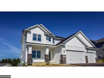 Lakeville Single Family Home For Sale: 20085 Hamlet Lane