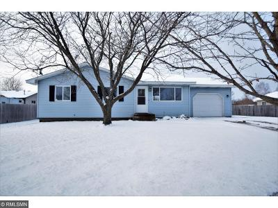 Isanti Single Family Home For Sale: 405 6th Avenue SW