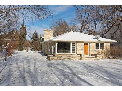Hennepin County Single Family Home For Sale: 600 E Minnehaha Parkway