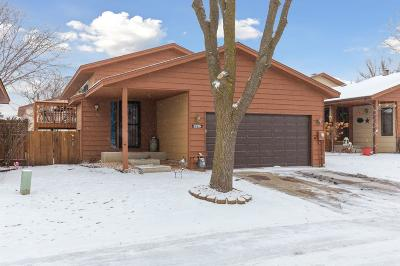 Apple Valley Condo/Townhouse Contingent: 5339 Emerald Way