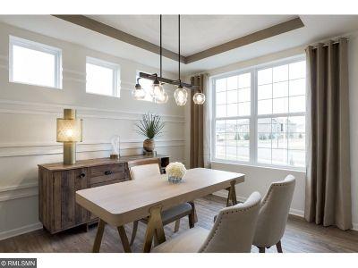 Eagan Single Family Home For Sale: 535 Aidan Cove