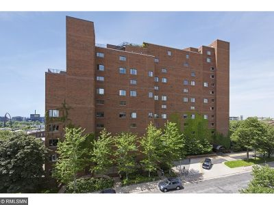 Minneapolis Condo/Townhouse For Sale: 100 2nd Street SE #409