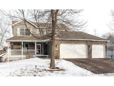 Waconia Single Family Home For Sale: 1117 Pond Curve