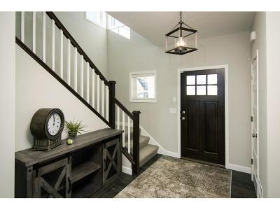 Victoria Single Family Home For Sale: 2463 Woods Drive