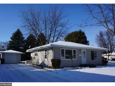 Hutchinson MN Single Family Home Contingent: $109,900