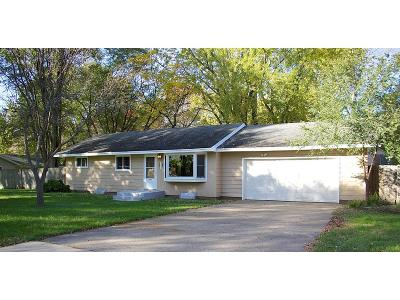Cambridge MN Single Family Home For Sale: $199,900