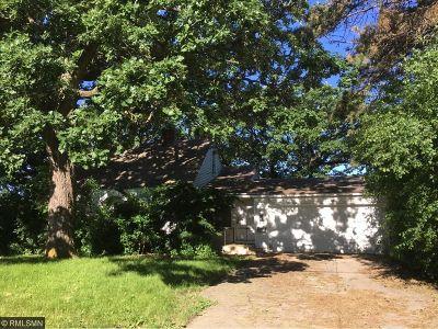 Edina Single Family Home For Sale: 6332 Brookview Avenue
