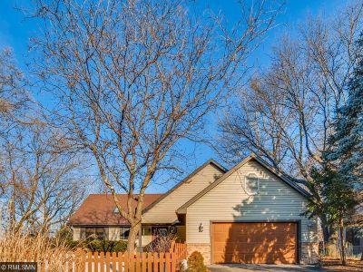 Saint Paul Single Family Home For Sale: 2197 Vivian Lane