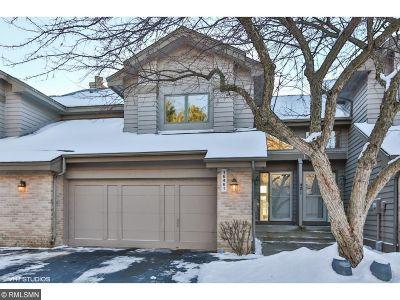 Eden Prairie Condo/Townhouse For Sale: 16461 Ellerdale Lane