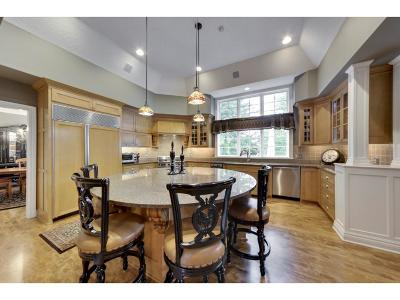Lakeville Single Family Home For Sale: 17715 Kingsbury Circle