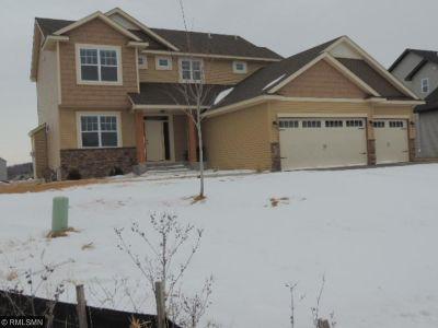Delano Single Family Home For Sale: 209 Greenway Drive