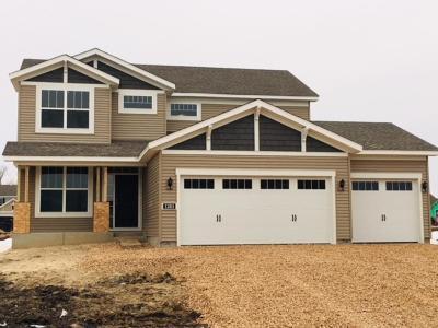 Waconia Single Family Home For Sale: 1283 Pinehill Boulevard