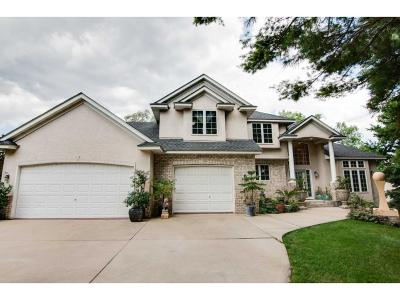 Burnsville Single Family Home For Sale: 15722 Lac Lavon Drive