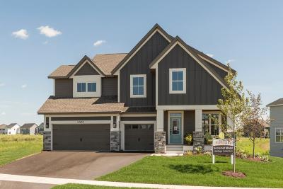 Lakeville Single Family Home For Sale: 16476 Dunfield Drive