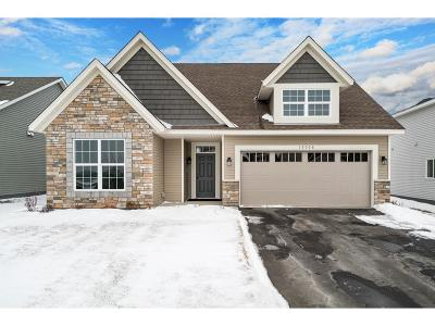 Maple Plain Single Family Home For Sale: 4977 E Oak Street