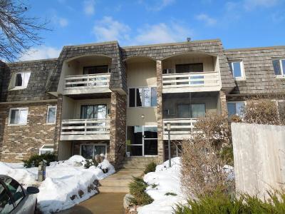 Mound Condo/Townhouse For Sale: 4387 Wilshire Boulevard #D312
