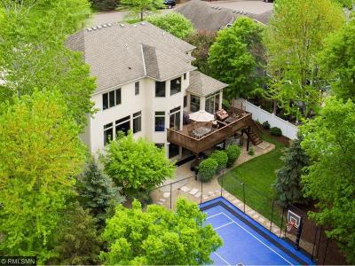 Minnetonka Single Family Home For Sale: 4478 Dunibar Ridge