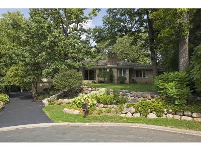 Edina MN Single Family Home For Sale: $929,900