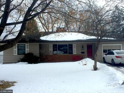 Edina MN Single Family Home For Sale: $400,000