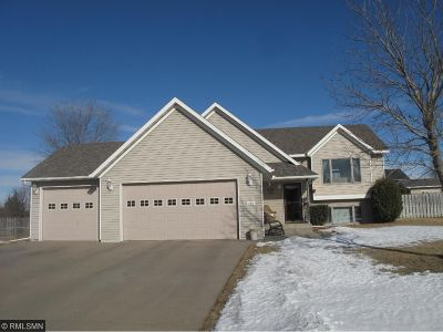 Sauk Rapids MN Single Family Home For Sale: $214,900