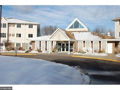 Anoka County, Carver County, Chisago County, Dakota County, Hennepin County, Ramsey County, Sherburne County, Washington County, Wright County Condo/Townhouse For Sale: 4400 36th Avenue N #222