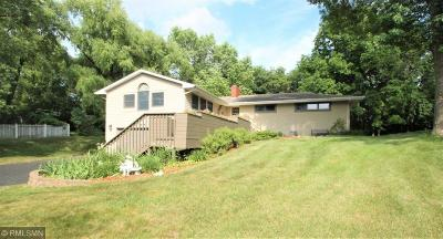 Hennepin County Single Family Home For Sale: 16349 Baywood Lane