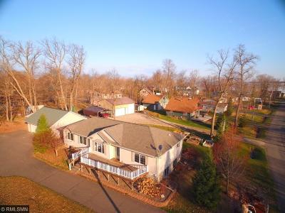Single Family Home For Sale: 1850 White Cloud Drive