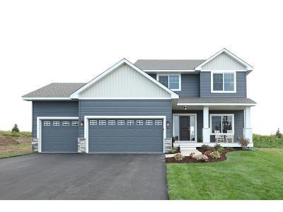 Lakeville Single Family Home For Sale: 16178 Estate Lane