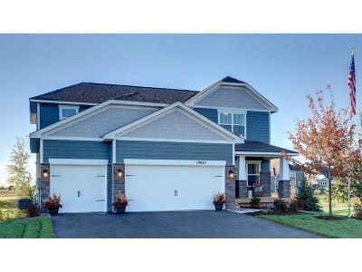 Blaine Single Family Home For Sale: 12485 Isetta Court NE