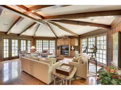 Saint Louis Park Single Family Home For Sale: 8927 S Minnehaha Circle