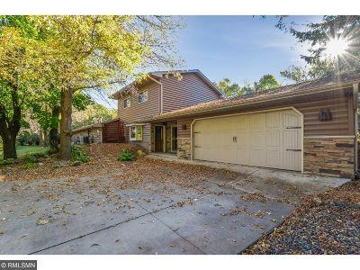 Wright County Single Family Home For Sale: 5840 Naughtor Avenue NE