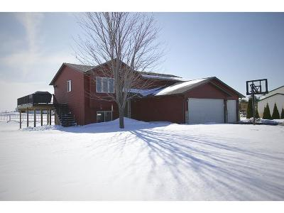 Cambridge MN Single Family Home SUBJECT TO INSPECTION: $249,900