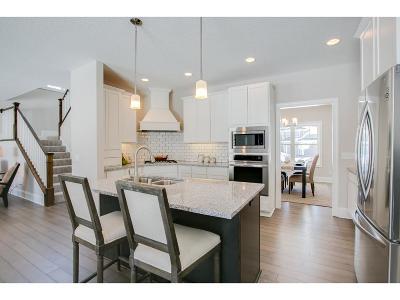 Minnetrista Single Family Home For Sale: 5780 Sunnybrook Lane