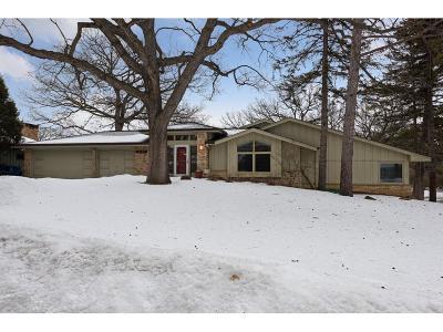 Edina MN Single Family Home For Sale: $549,900