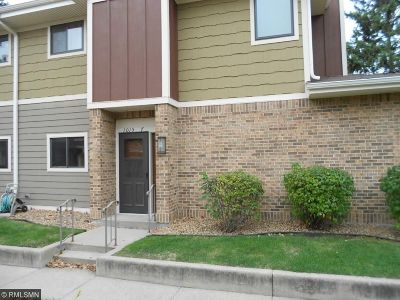Richfield Condo/Townhouse Contingent: 1015 Rae Drive #7