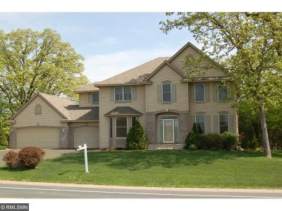 Lakeville Single Family Home For Sale: 18218 Kingsway Path