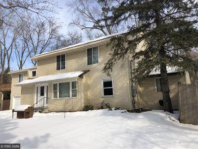 Minnetonka Single Family Home For Sale: 709 Plymouth Road