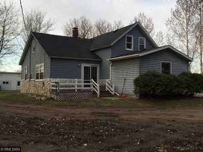 Meeker County Single Family Home For Sale: 67944 Mn Hwy 55